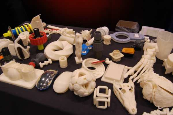 photo of objects printed using a 3D printer