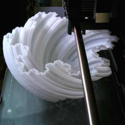 Makerbot printing a fractal vase