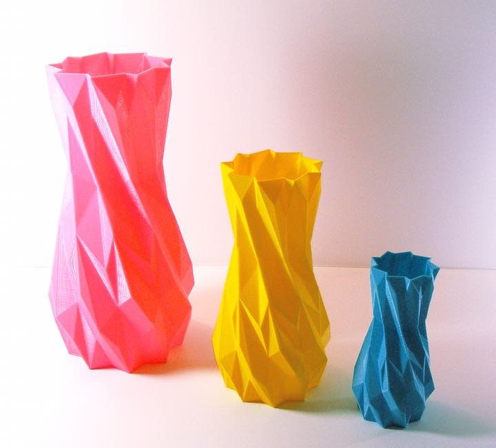 3 colored vases